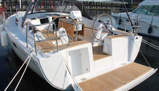 Charter Hanse 385 In Zeeland And Friesland