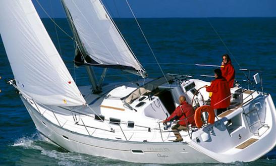 Oceanis Clipper 373 Charter In Split