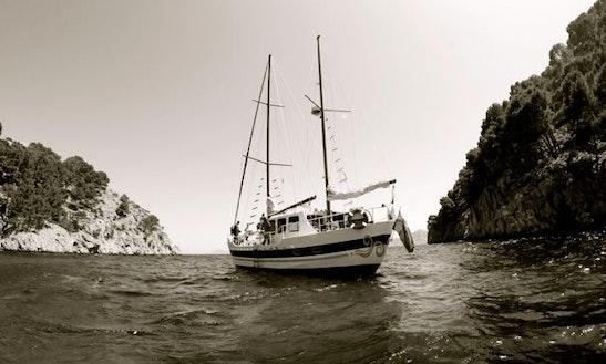 Rozamar Deep Ocean Sailing Yacht