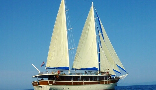 Gulet Charter 'tajna Mora' In Split