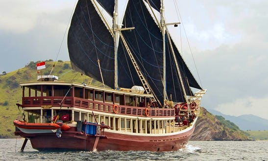 Classic Sailing Yacht Charter In Indonesia
