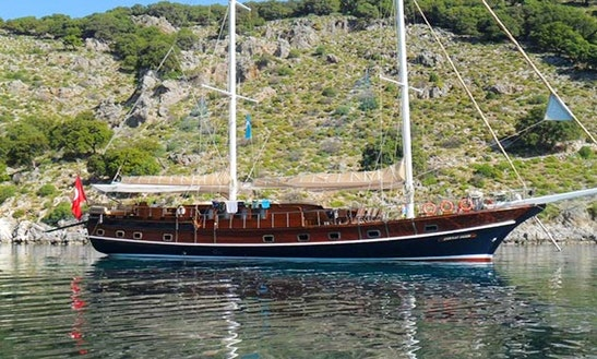 Sailing Gulet Charter Suitable For Large Groups In Marmaris