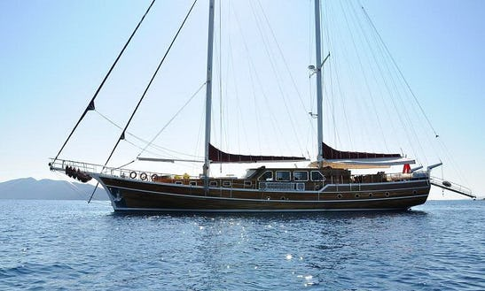 Book A Private Bodrum Tour On A 104ft Gulet!