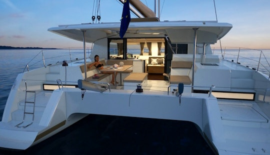 Charter This Fountaine-pajot Helia 44 In Montenegro