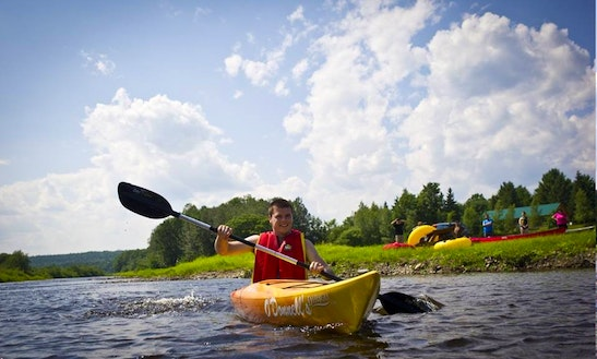 Single Kayak Rental In New Brunswick