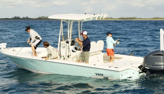 22ft Pathfinder Center Console Boat Fishing Charter In Georgetown, South Carolina