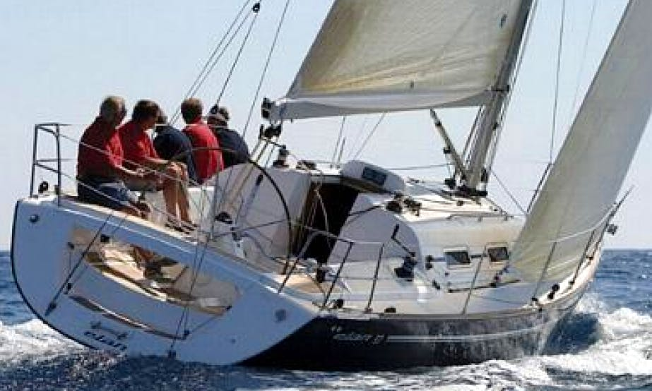 Elan 37 Luxury Yacht Charter with 3 Cabins in Hamble-le-Rice