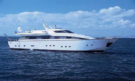 100' Motor Yacht Lady Kk For Charter In Voula