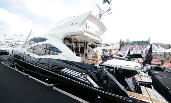 Predator 64 Sportsfly Power Mega Yacht Charter in Chamberlain