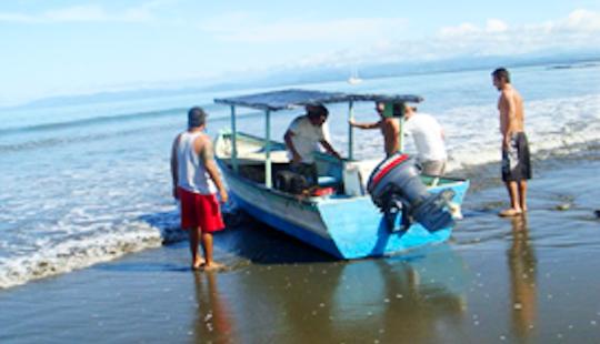 18′ Panga Boat Rental In Costa Rica