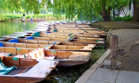 Cambridge Chauffeur Punts Boat Charters In Cambridge, England