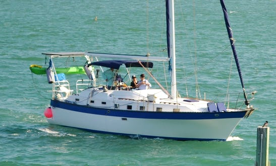 Comfortable 40 Ft (12 Meter) Sailboat In Miami, Florida