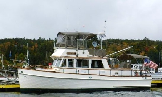 36ft Caroline Grand Banks Trawler Yacht Charter In Brooksville, Maine
