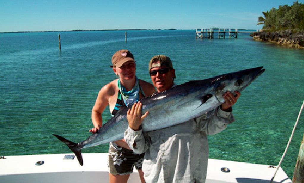 Deep sea fishing charter in hope town bahamas getmyboat for Deep sea fishing bahamas