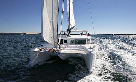Catamaran - Lagoon 420 Charter In Alimos
