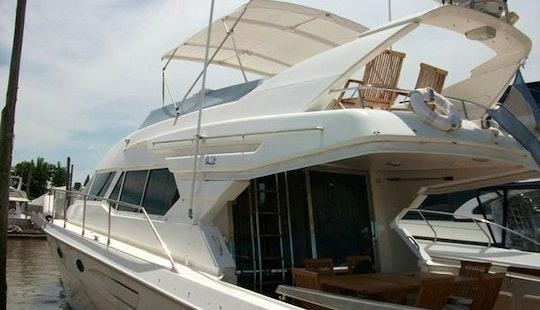Delta Tour - Charter Cruising Yacht