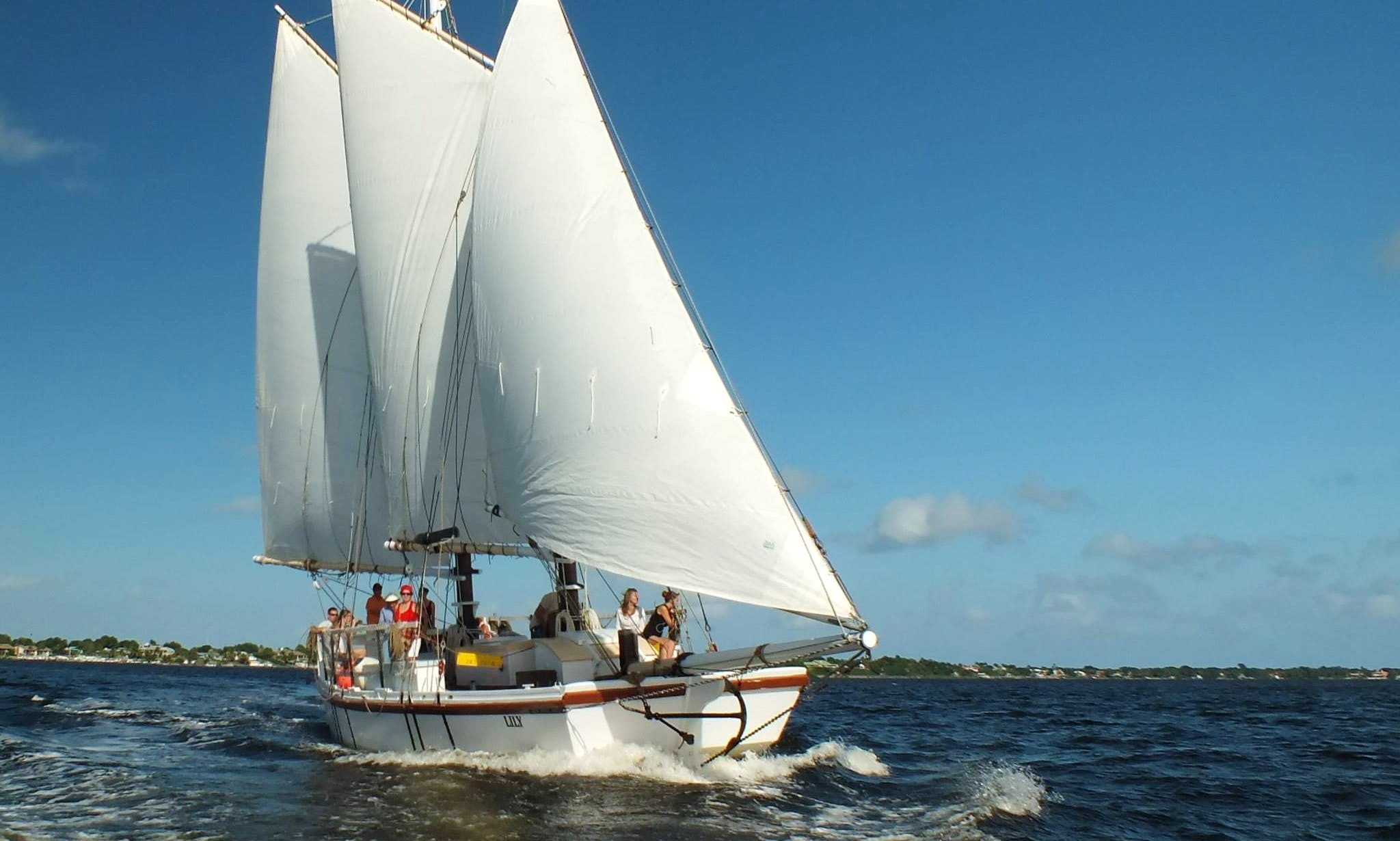 Beautiful Schooner Lily Sails the St. Lucie River