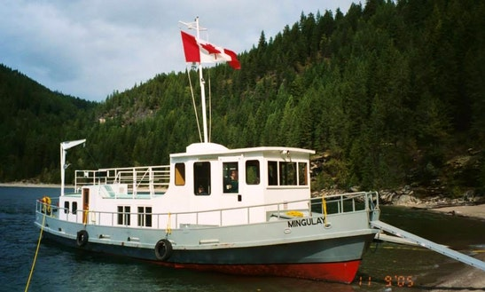 Mv Mingulay 54ft Houseboat Rental On Kootenay Lake