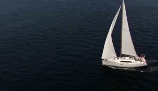 Charter Oceanis 393 Cruising Monohull In Playa Blanca