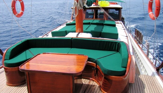 6 Person Turkish Gulet For Charter With Captain And Crew In Bodrum, Mugla