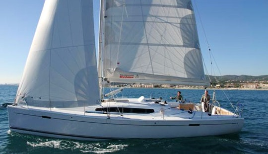 Cruising Monohull Rental In Playa Blanca