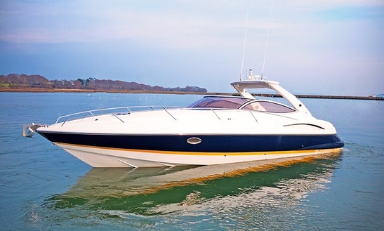Charter 36' Sunseeker Superhawk Motor Yacht In London, England