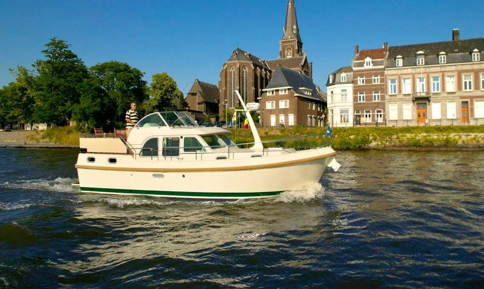 Linssen 30.9 AC Cal Boat Charter