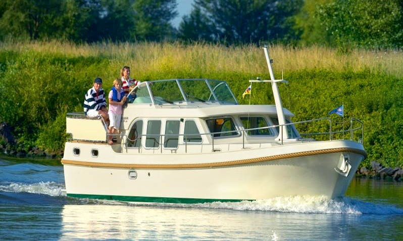 Charter Linssen 33.9 AC Canal Boat with 2 Double Cabins