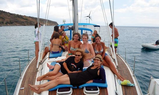 Sailing Charters In In Στούπα