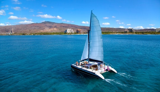 Catamaran Sailing & Snorkeling Tour In Kapolei, Hawaii