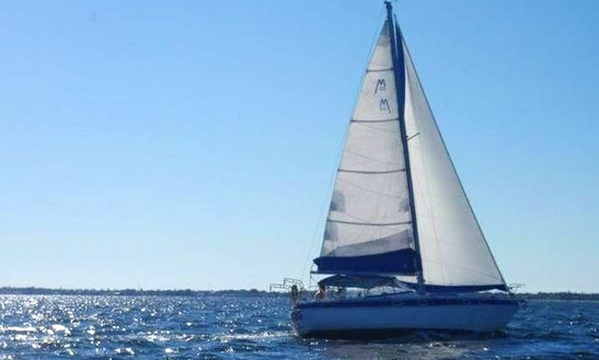 33ft Morgan Out Island Cruising Monohull In Key Largo, Florida