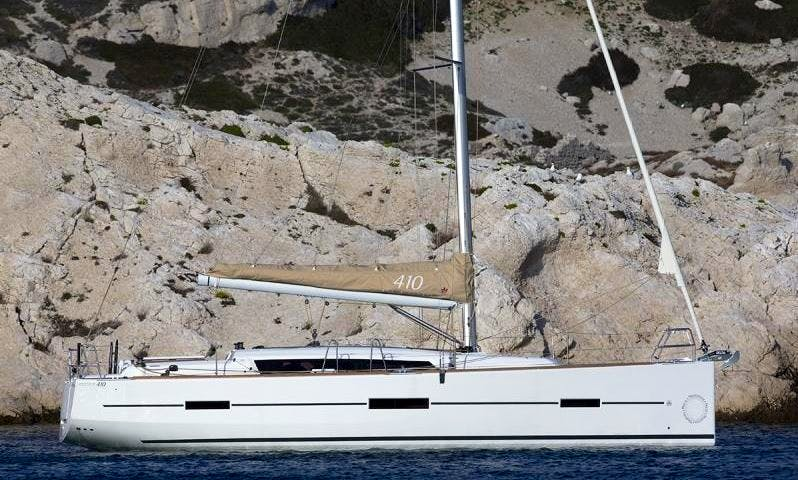 41' Dufour Luxury Sailboat Charter in Rogoznica