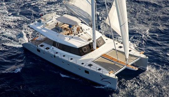 Charter Luxury Catamaran  Sun Reef 62  In S'arenal