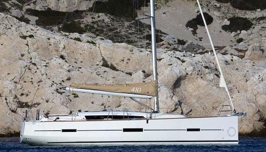 Charter A Dufour 410 Sailboat In Kaštel Gomilica