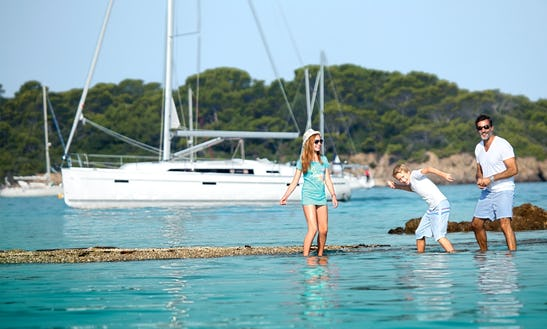 Charter A Bavaria 41 Cruiser Sailboat For 8 Person In Lavrio, Greece