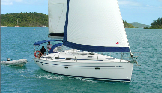 Charter Bavaria 39 Evi Sailboat In Lavrio, Greece