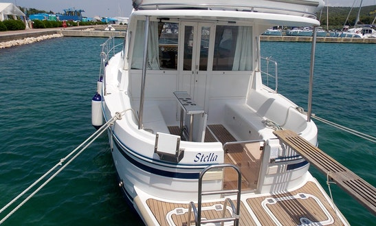 36' Motor Yacht For 7 Person In Trget, Croatia
