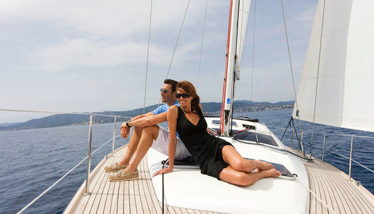 Sail Monohull Luxury Sun Odyssey 50ds In Greece