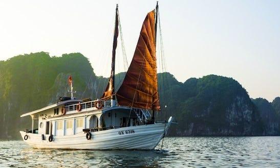 Private Luxury Legend Cruises In Hanoi