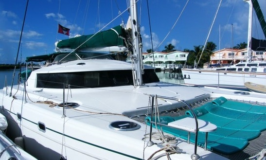 Catamaran Yacht Charter On