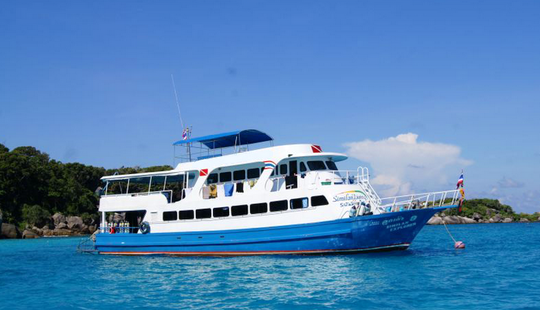 Multiple Day Scuba Yacht Similan Explorer In Tambon Khuekkhak