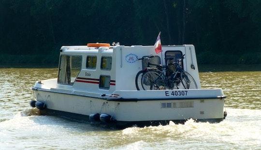 28' Sittele Espade Trawler Rental In Vitry-laché
