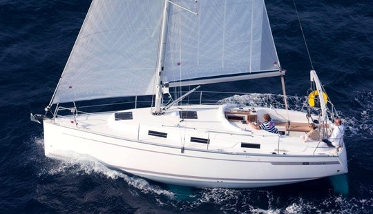 Charter Luxury Bavaria 32c New In Italy