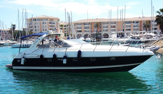 French Riviera Airon 388 Motor Yacht Charter