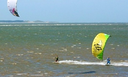 Kite Surfing Lessons In Swansea