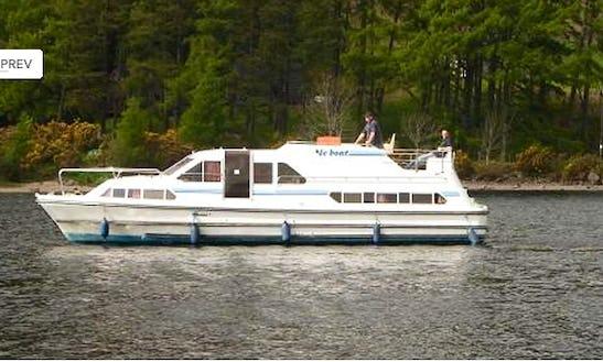 Motor Cruiser Le Boat Crusader Class Hire In Scotland