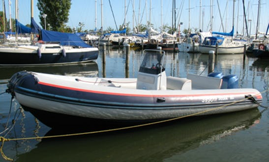 21' Motor Yacht Rental In North Holland, Netherlands