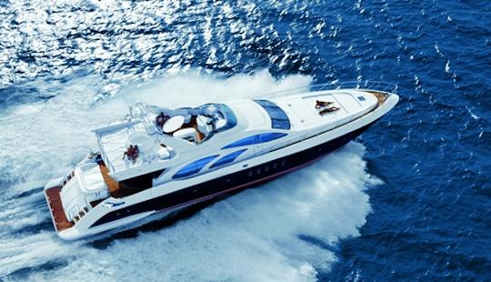 Luxury Mega Yacht Azimut 98 Leonardo Hire In Dénia