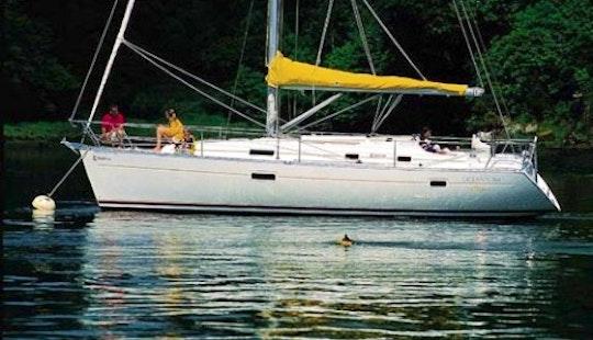 37ft Beneteau Oceanis Clipper 361 Boat Rental In Barcelona, Spain