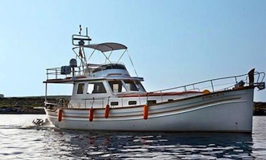 Menorquin Yacht 160 Hire In Mahón